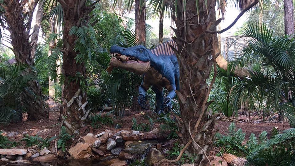dinosaur animatronic